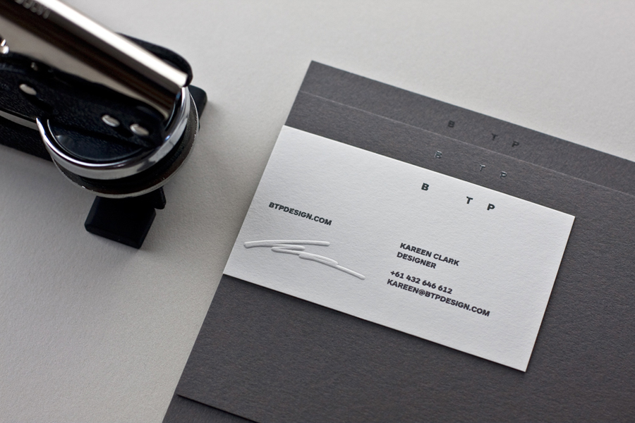 6 Benefits of Embossed Business Card Printing